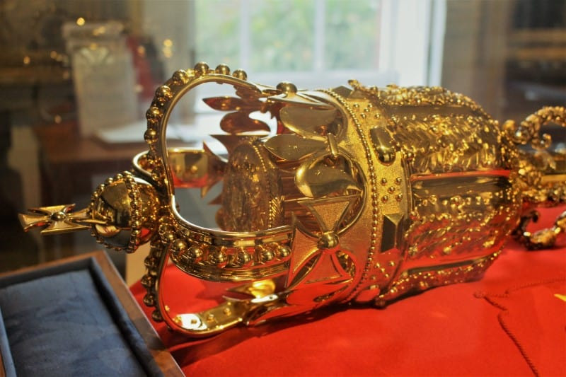 A close up of the Sovereigns Mace