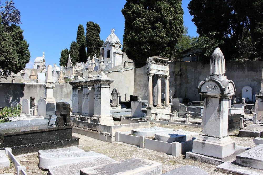 An assortment of ornate white graves in the Israelite Cemetery in Nice