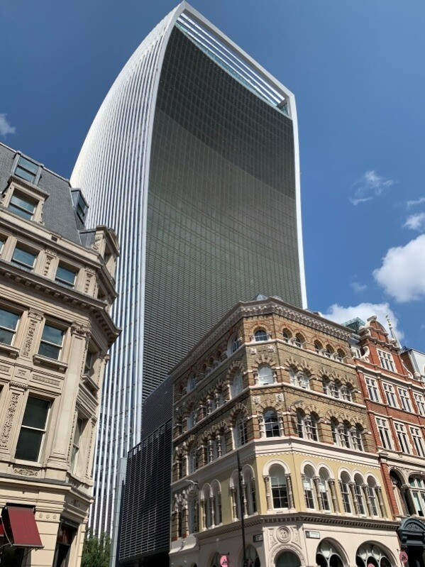 20 Fenchurch Street from the outside