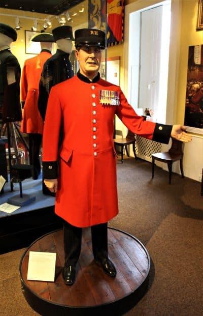 A manequin of a Chelsea Pensioner in uniform