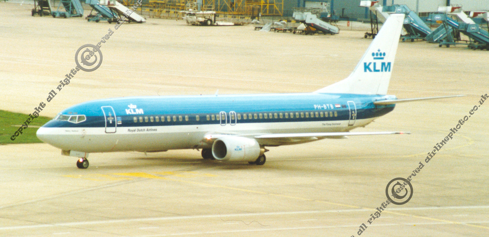 PH-BTB-KLM-737-Heathrow--1992.jpg