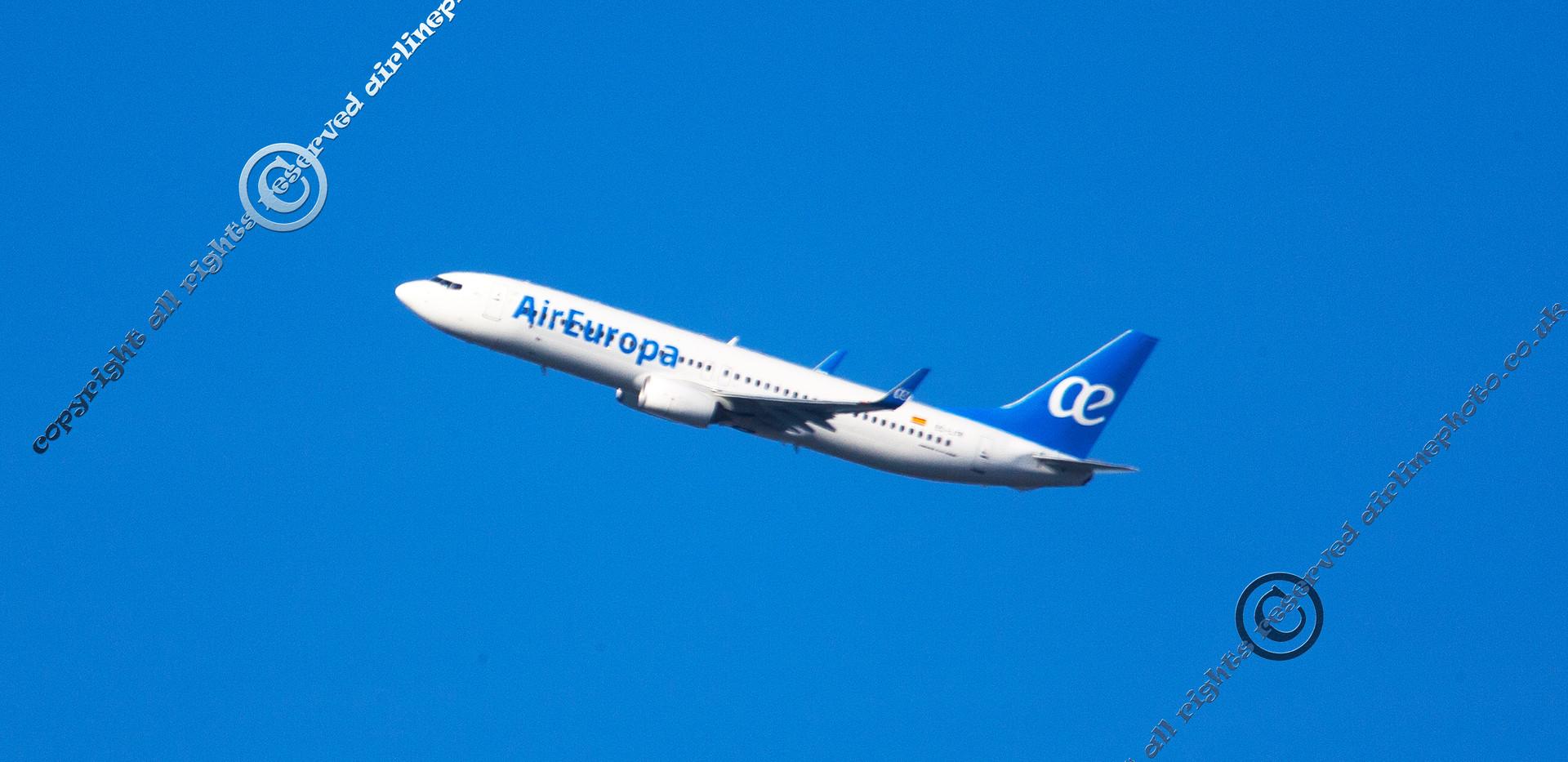 EC-LYR-Boeing-737-85P-Serial-36595.jpg
