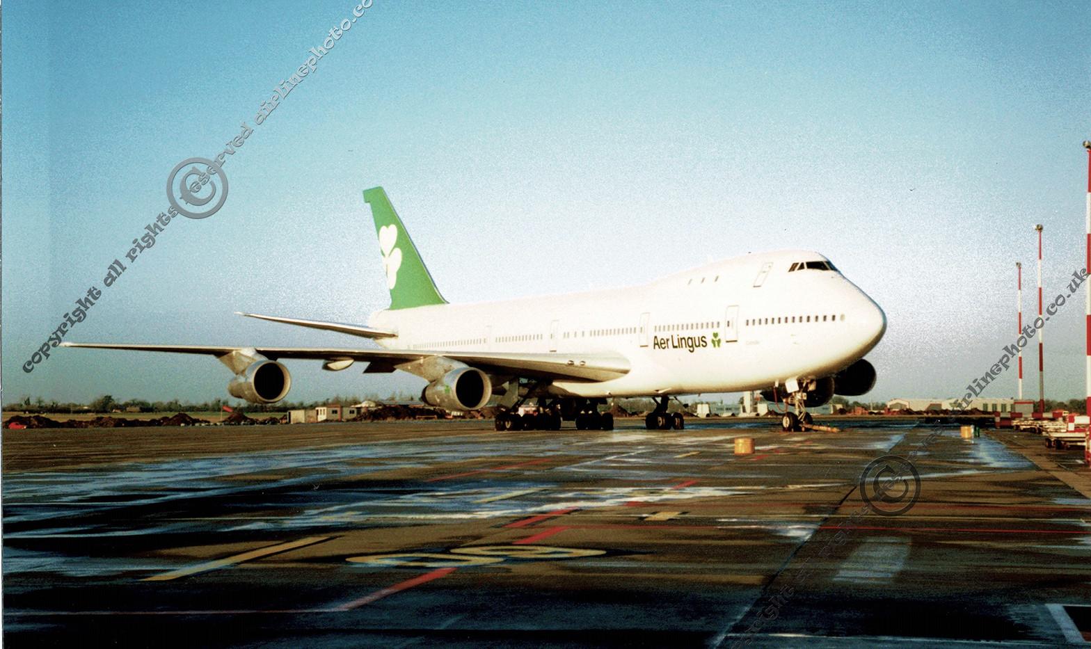 EI-BED_747-130_DUB.jpg
