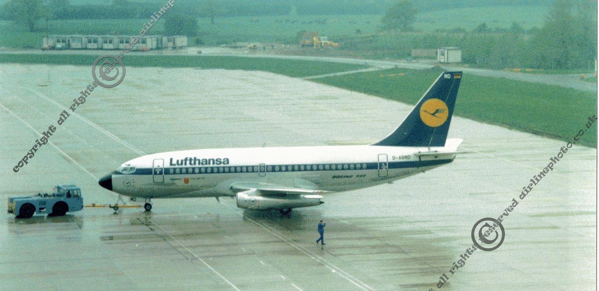 D-AMD_Lufthansa_737_MAN_1986.jpg