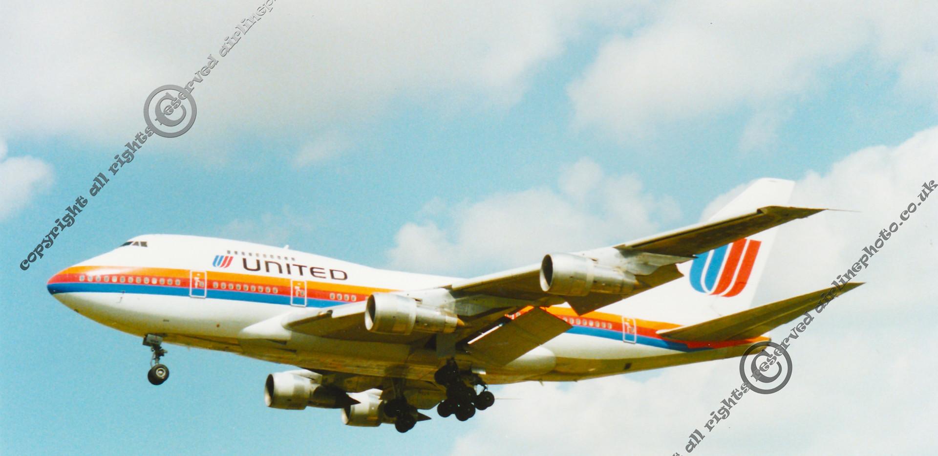 United-airlines-747-Heathrow-1991.jpg