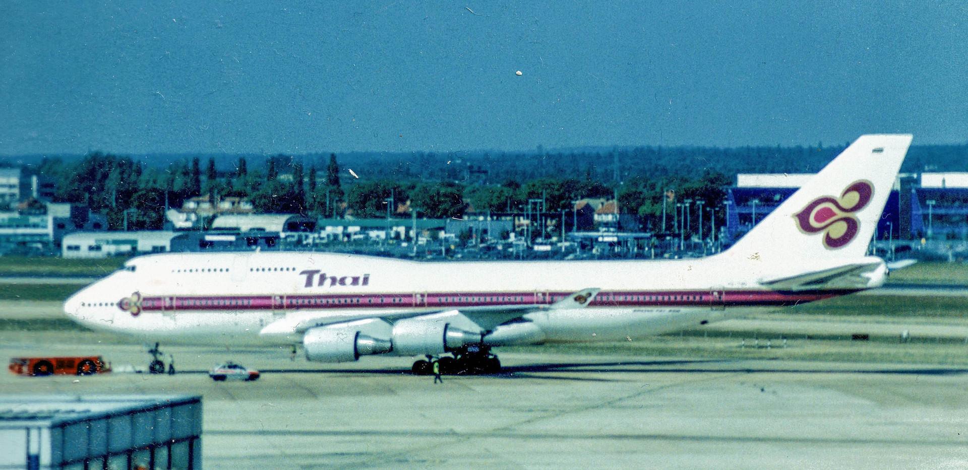 egll--thai-747-400_24314064417_o.jpg