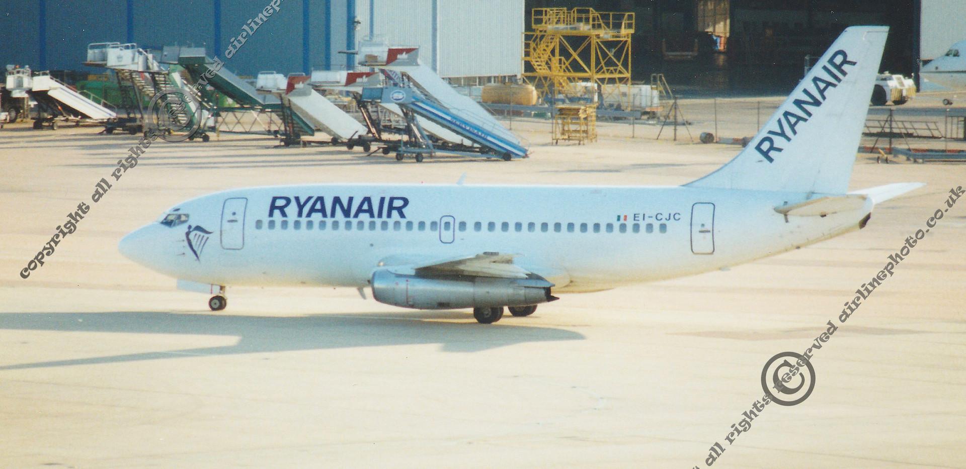 EI-CJC-Ryanair-Boeing-737-MAN-1994.jpg