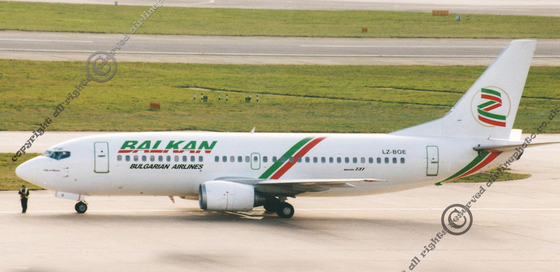 LZ-BOE-Balkan-Bulgarian-Airlines-737.jpg