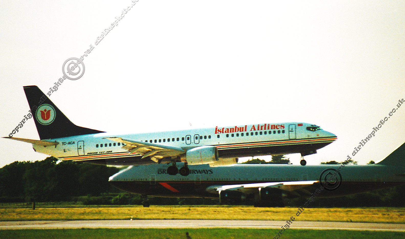 TC-ACA-737-MAN-Istanbul-Airlines-1992.jp
