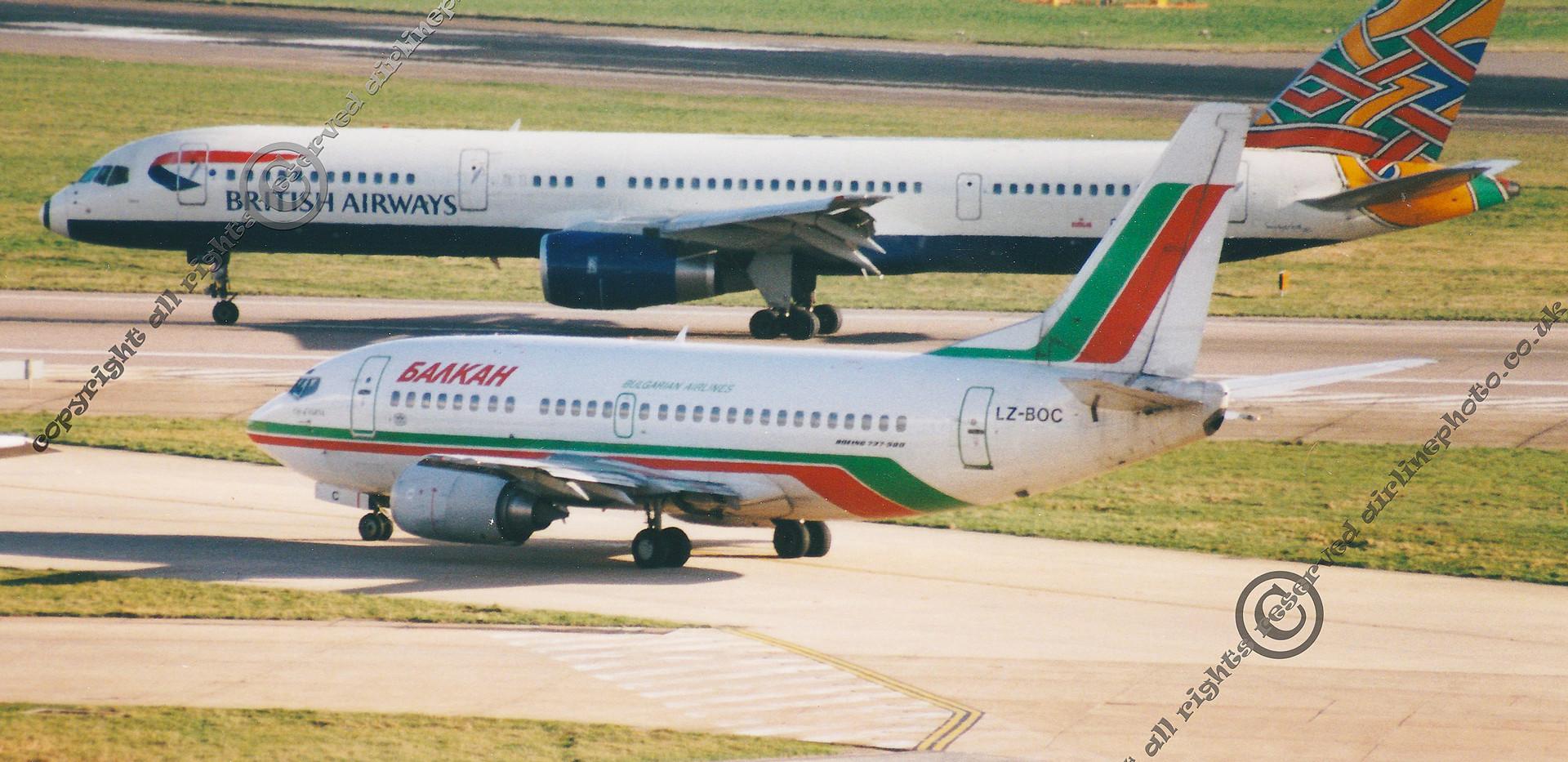 LZ-BOC-Boeing-737-LHR-2000.jpg