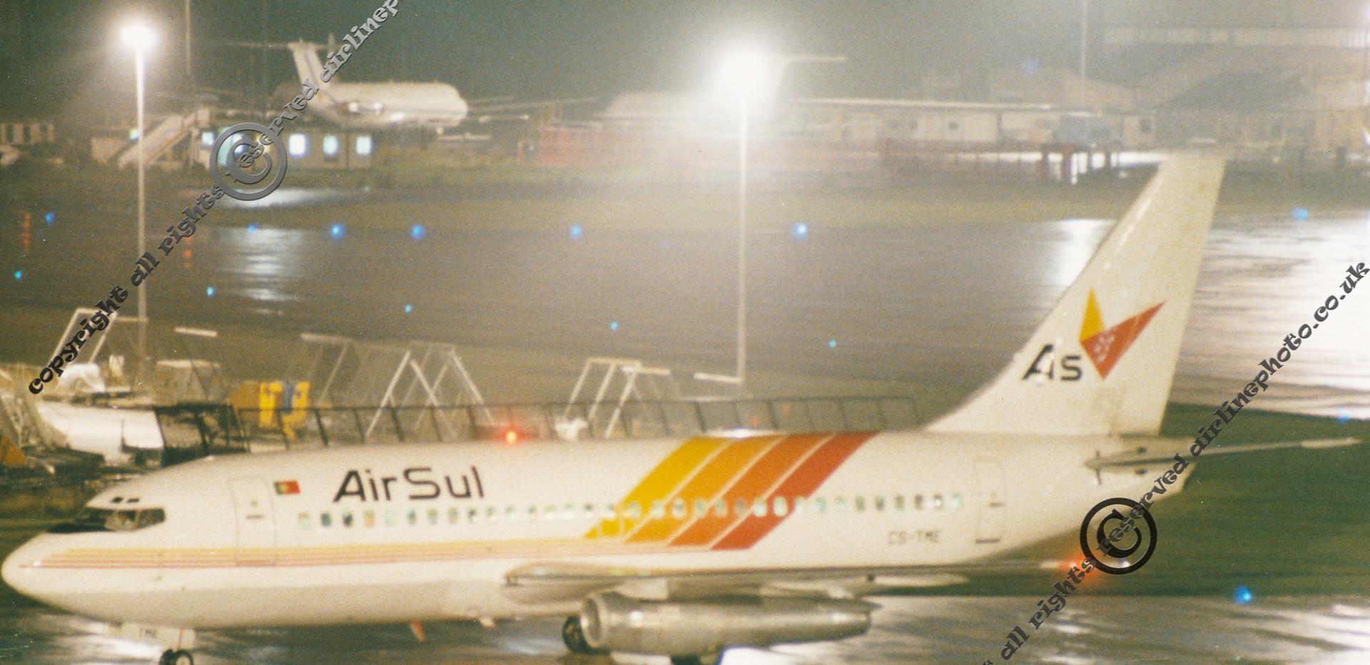 CS-TME-AirSul-Boeing-737-MAN-1991.jpg