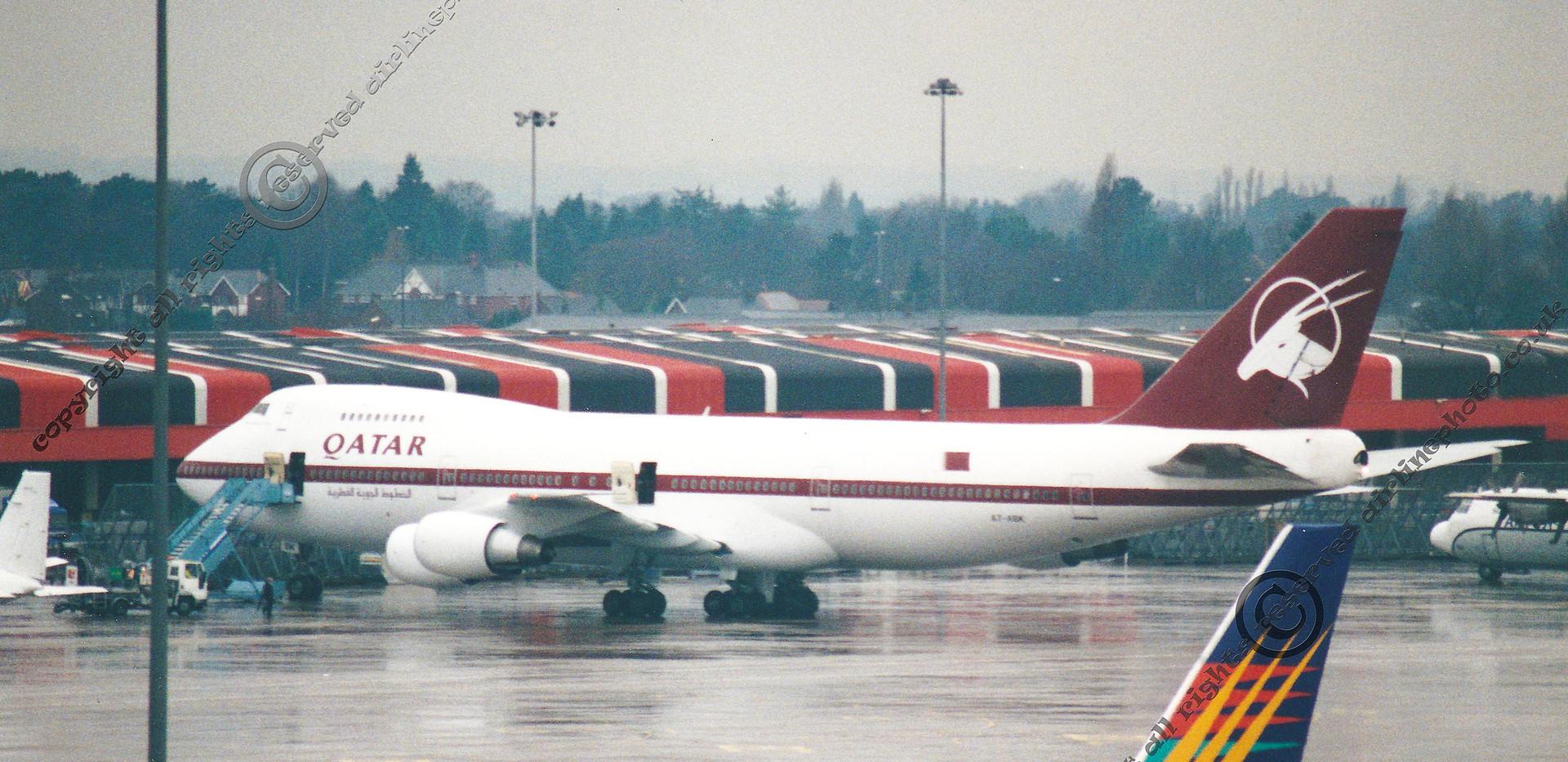 A7-ABK-Qatat-747-SR81-MAN-1995.jpg