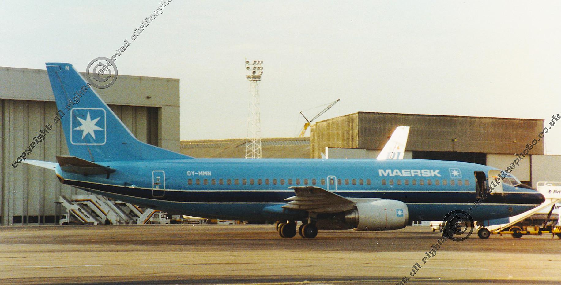 OY-MMN-MAERSK-air-737-LTN-1988.jpg