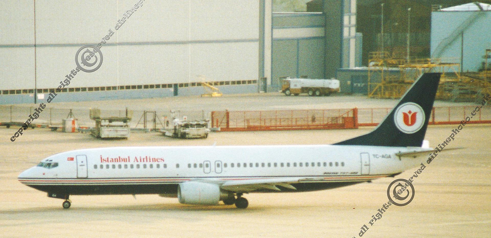 TC-ADA-Instanbul-737-MAN-1992.jpg