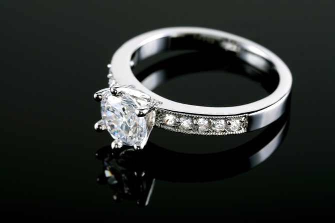 History of diamonds and engagement rings