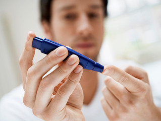 Extra Virgin Olive Oil Reduces Postprandial Glucose After High GI Meal in Type 1 Diabetes