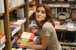 Laura D., Libraire Kube