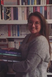 Marie A., Libraire Kube