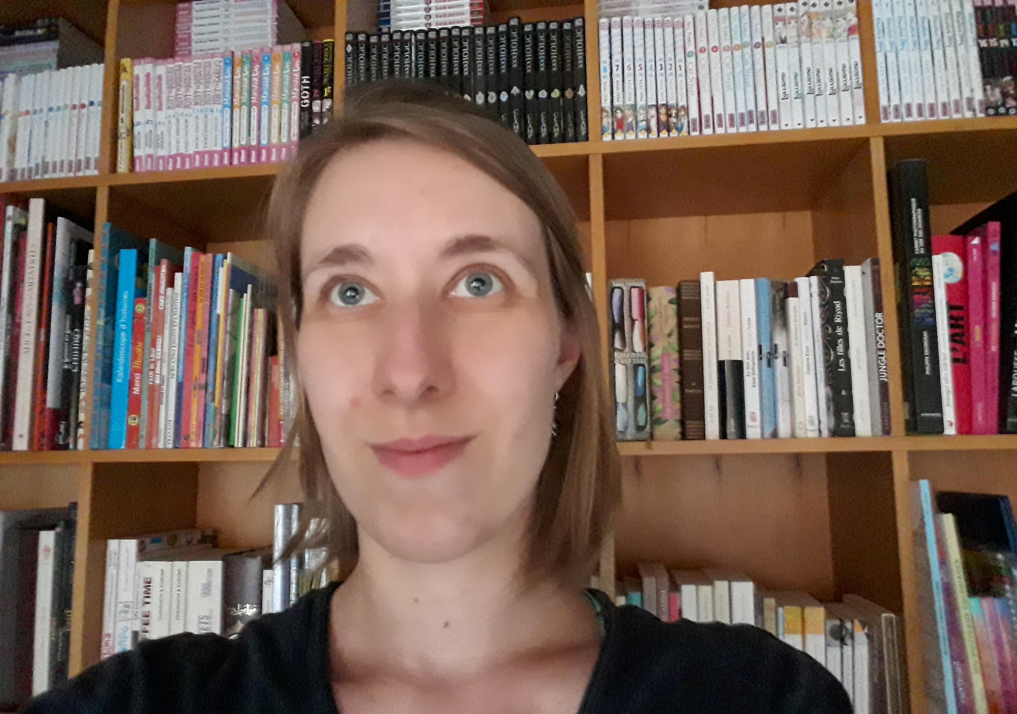 Manon G., librairie Contact