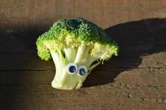 Googly eye brocolli.jpg