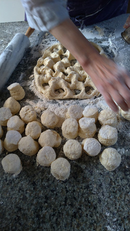atelier scones