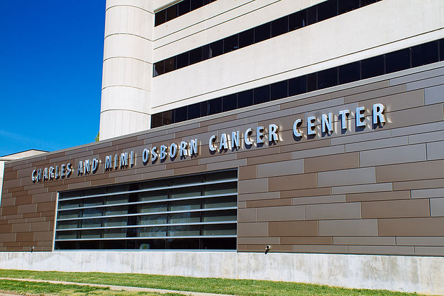 9095-CancerCenter-BHL2014.jpg