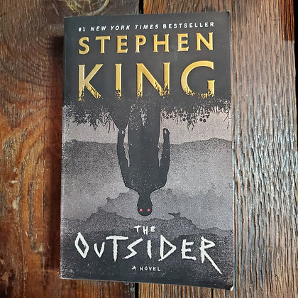 King, Stephen : THE OUTSIDER - Softcover Book