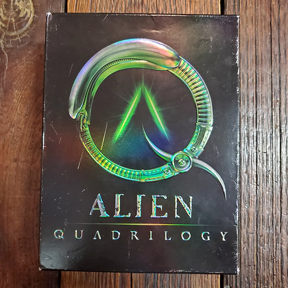 ALIEN Quadrilogy - 9 DVD Box Set (some box damage / no booklet)