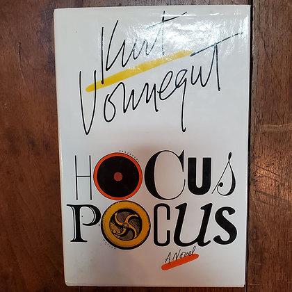 Vonnegut, Kurt - HOCUS POCUS (Hardcover)