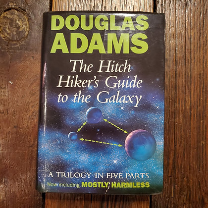 Adams, Douglas : THE HITCH HIKER'S GUIDE TO THE GALAXY - 5 in one Hardcover Boo