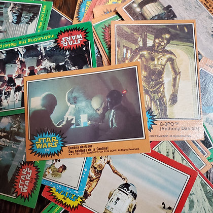 45 x STAR WARS 1977 Trading Cards