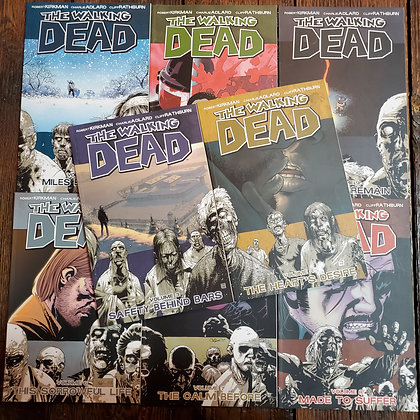 THE WALKING DEAD 8 Pack Deal - Graphic Novels #2,3,4,5,6,7,8,9