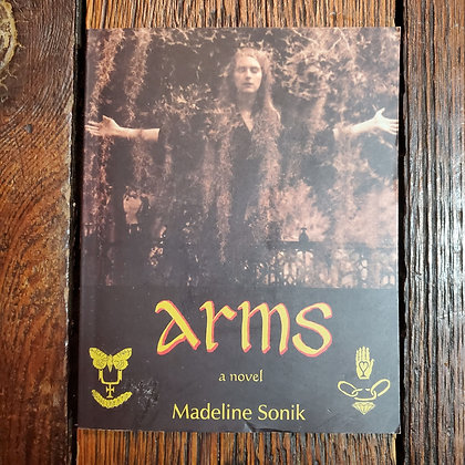 Sonik, Madeline : ARMS - Softcover