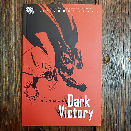 BATMAN Dark Victory - Graphic Novel