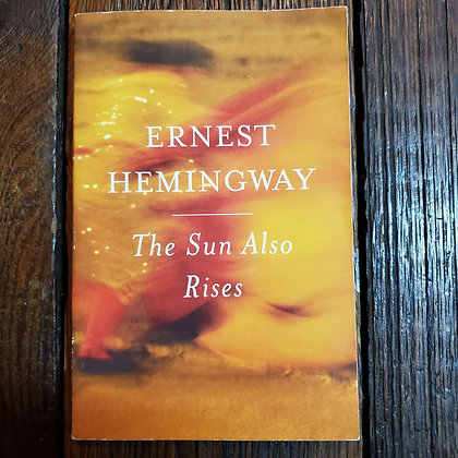 Hemingway, Ernest : THE SUN ALSO RISES - Softcover Book