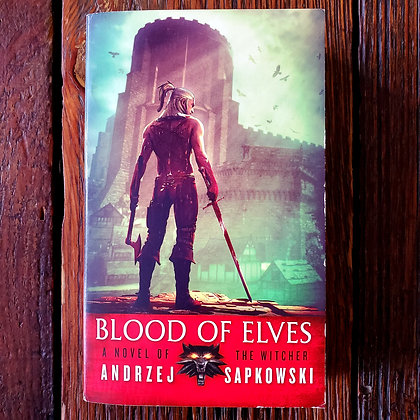 Sapkowski, Andrzej : BLOOD OF ELVES - Paperback Book