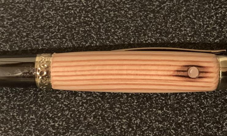 De Havilland Mosquito KA114 pen