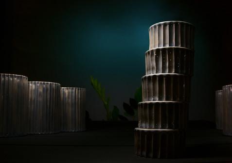 Пизанская башня, керамическая посуда Дарьи Бобровой