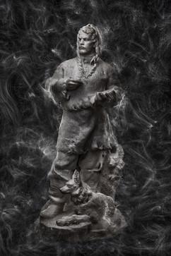 """Скульптура """"Челюскин"""", автор Виктор Чеботарев, 1960 г. Экспонат Воронежского областного художественного музея им. Крамского."""
