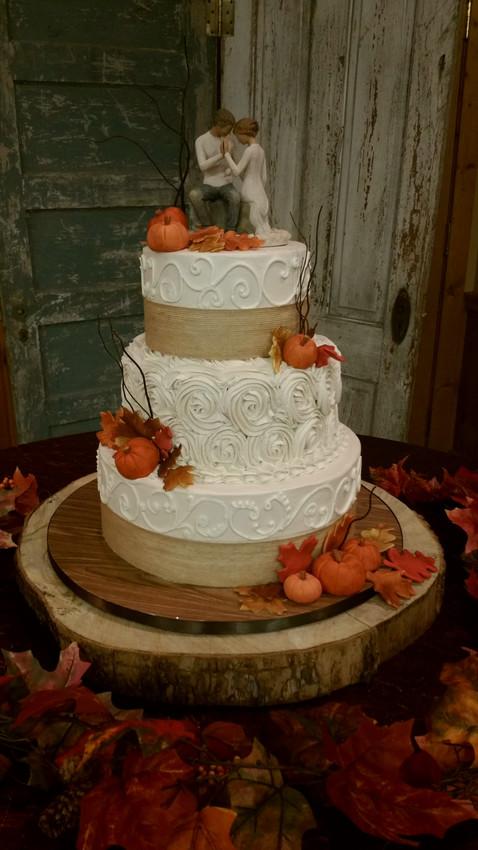 Seasonal Wedding Themes