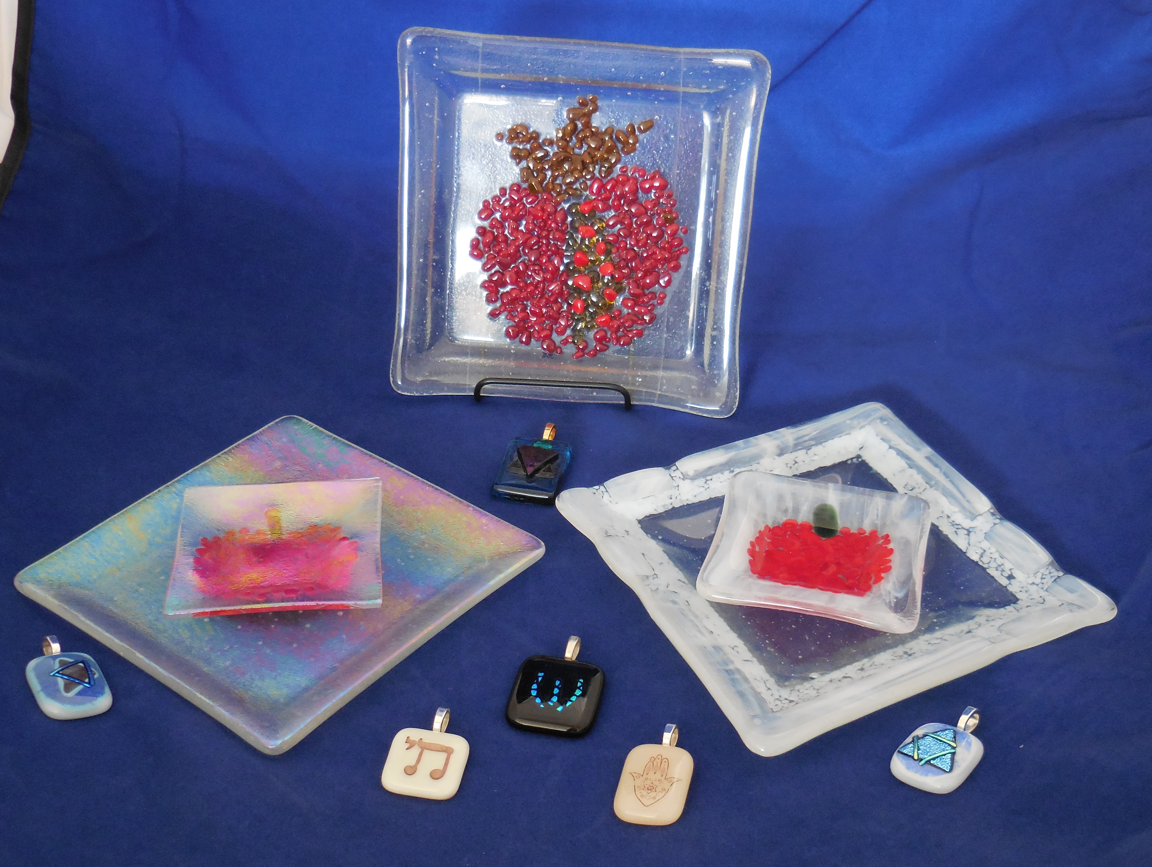 Pendants and Spple & Honey dishes and Pomegranate dish