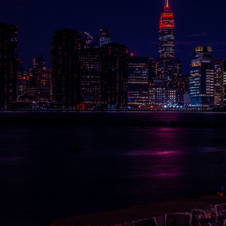 Empire State Building Lights Up Red for Essential Workers ❤🙏🌍