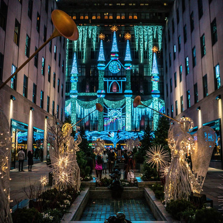 Saks Fifth Ave Holiday Light Show