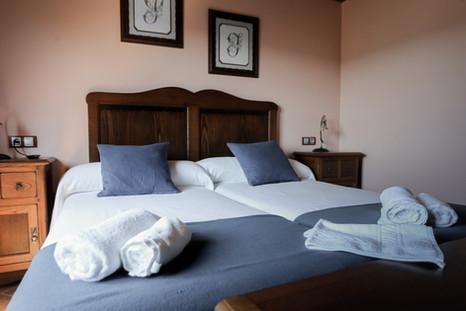 CASAL PEDRAJÁS Dormitorio doble