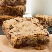 Blondies with Chocolate Chips