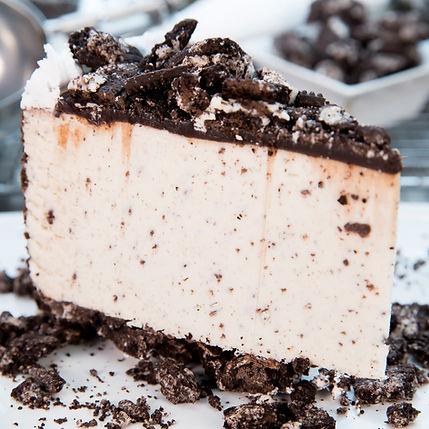 Ice Cream Cake - Cookies & Cream