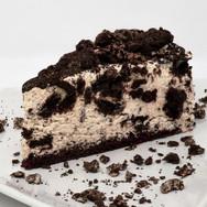 Cookies & Cream Mousse Cake
