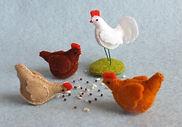 Atelier Pippilotta - Drie kippen en een haan