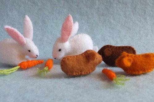 Atelier Pippilotta - Twee konijnen en drie cavia's