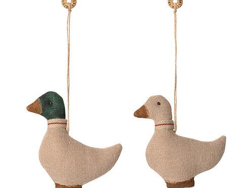 Duck ornament 2